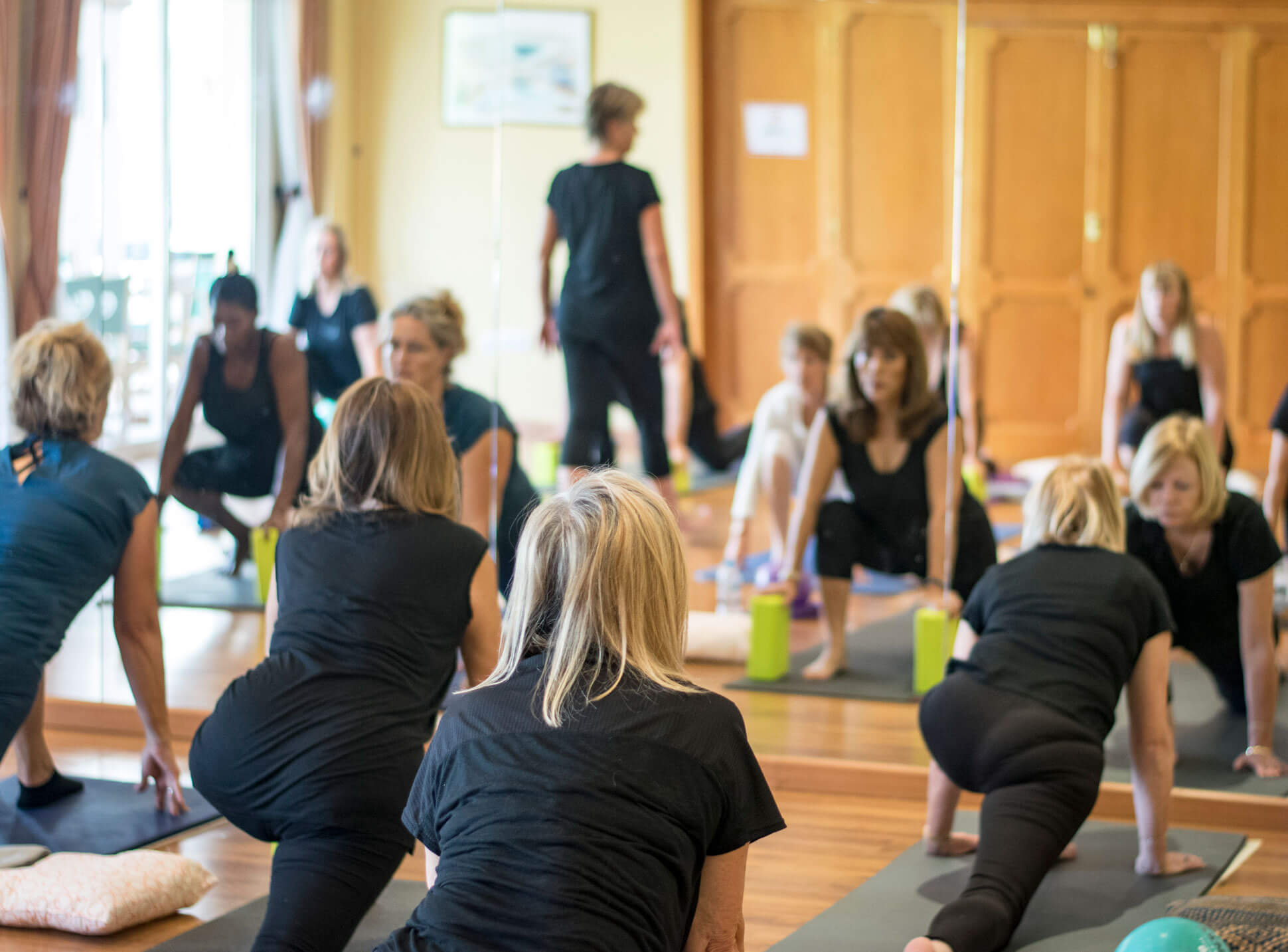 cCasses with Pilates Instructor